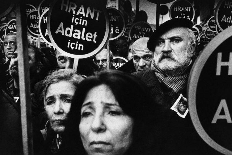 084-les_braises_ne_brulent_que_reunis-antoineagoudjian