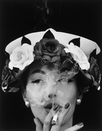 lempertz_913_122_photographie_william_klein_hat__5_roses