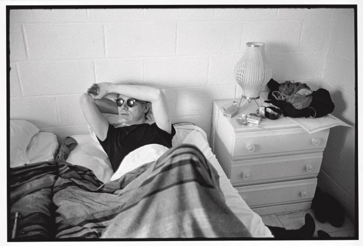 173-warhol-in-hotel-room-during-filming-of-my-hustler_hires