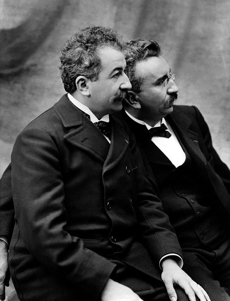 Ephemeride (1895) : Première projection publique de Cinema