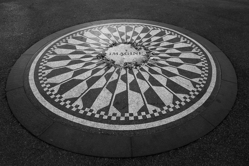Ephéméride (1980) : Hommage à John Lennon à Central Park