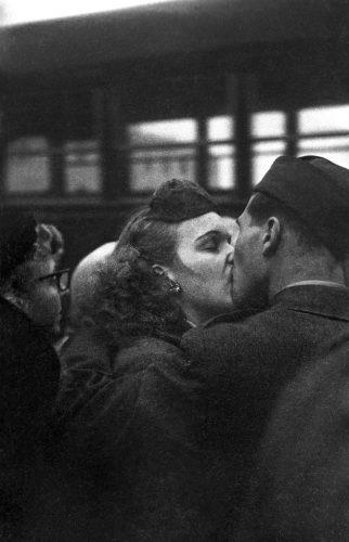 GTB_Harold_Feinstein_Bidding_Farewell_1952-HD