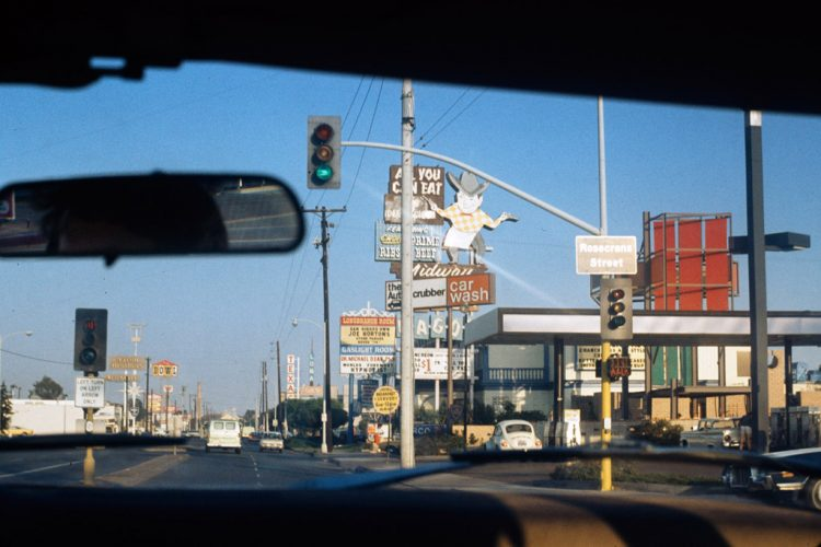 Mission-Beach,-de-Tijuana-+á-San-Diego,-juin-1974--®-Donald-Appleyard