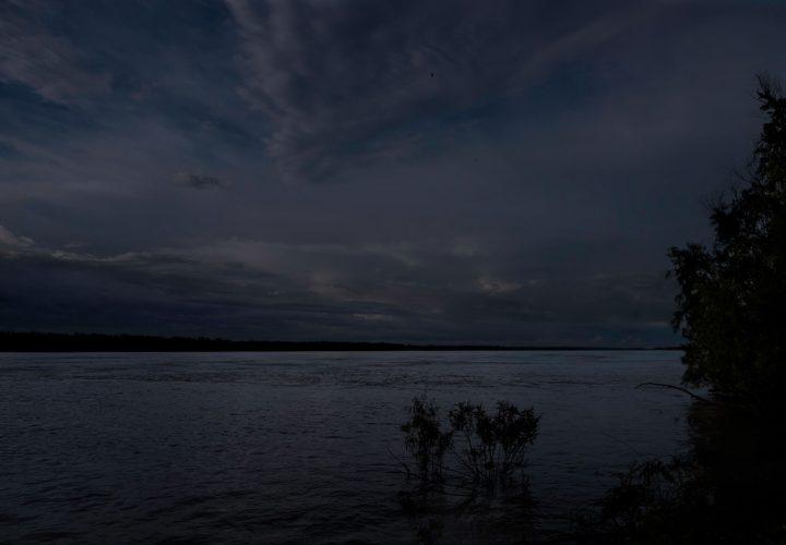 Moonlight-Over-the-Mississippi.-Tensas-Parish,-Louisiana,-2014