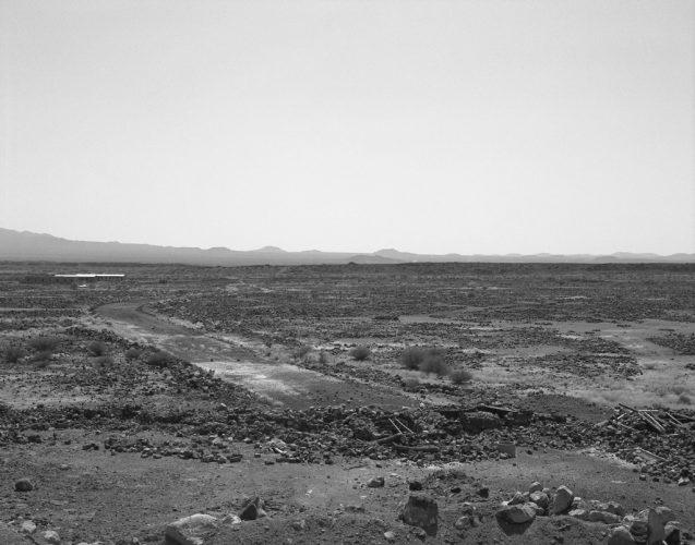 6-Anne-Marie-Filaire_Zone-de-securité-temporaire_desert-du-Danakil_Erythree_novembre-2001