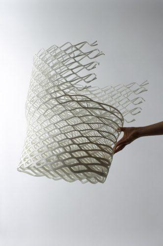 Imprimer-le-monde-Nendo-Oki-Sato-_Diamond-Chair_2008_-collection-Centre-Pompidou-photo-Masayuki-Hayashi