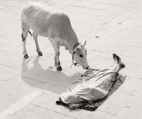 Varanasi,-India-1999-stimultania