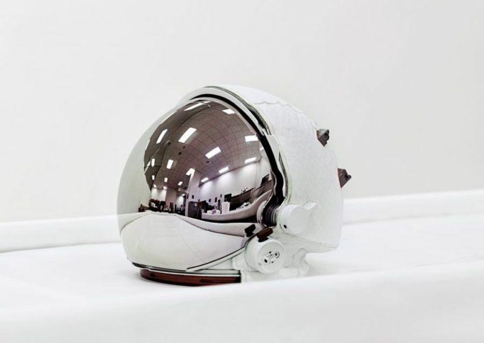 Vincent-Fournier-Space-Helmet-extravehiculas-visor-assembly-Nasa-2011-900x637