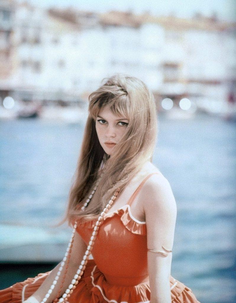 Après Cannes et ses icônes, St Tropez et ses mythes par Willy Rizzo