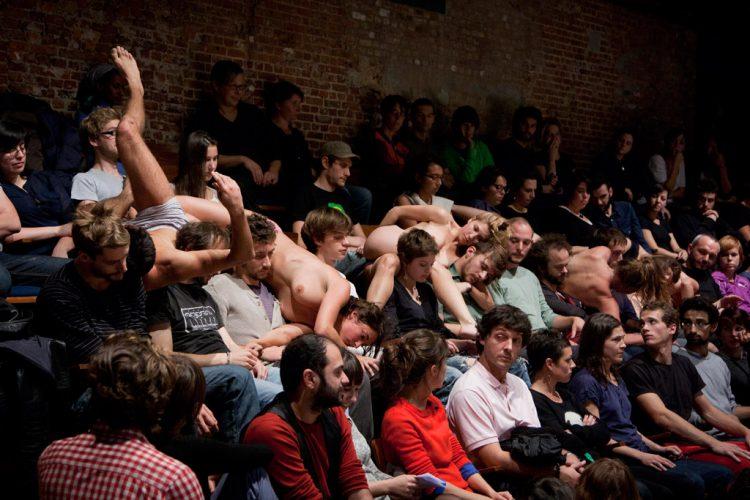 Parterre-Bruxelles-Théâtre-Balsamine,-18.10.2011-ph-Hichem-Daes