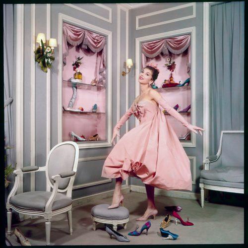 Chez-Dior,-1958-∏-Sabine-Weiss