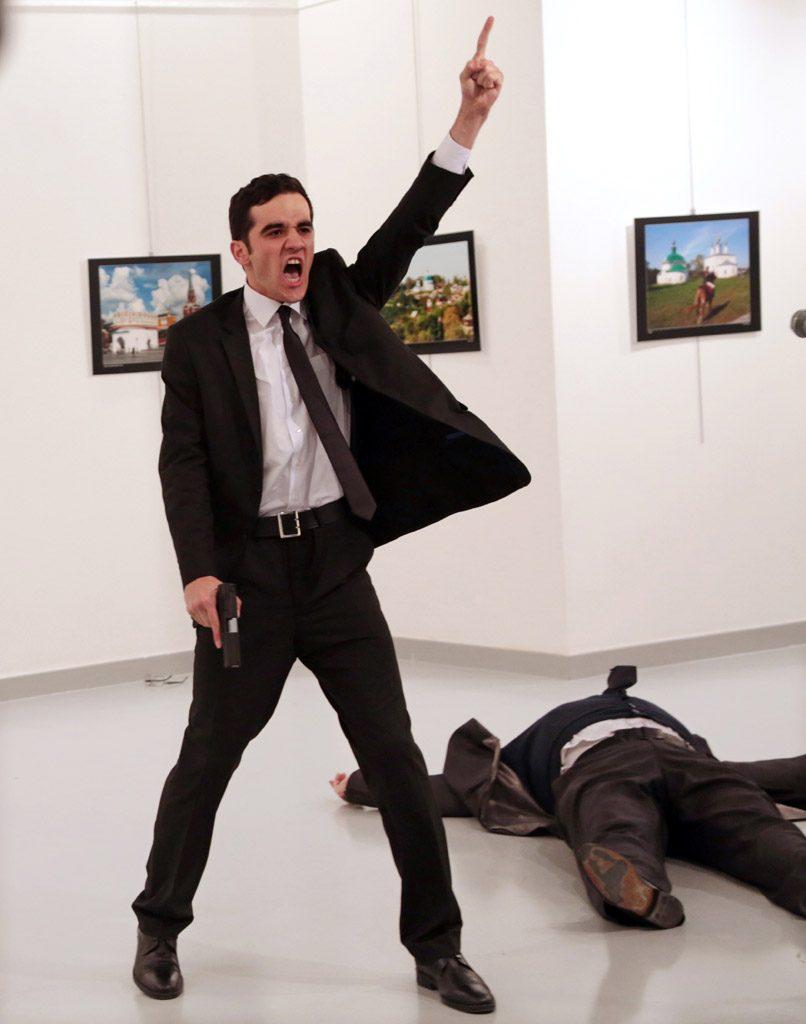 Ça s'est passé un 13 février 2017 : Burhan Ozbilici remporte le World Press Photo of the Year !