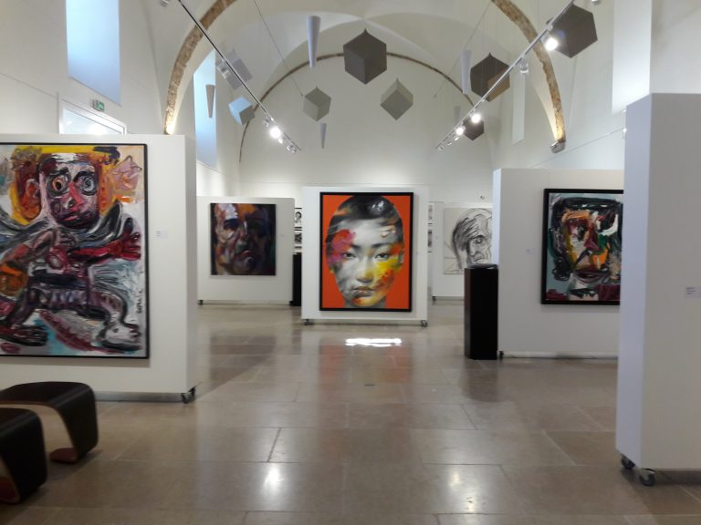 Portraits d'artistes au Centre d'Art La Falaise