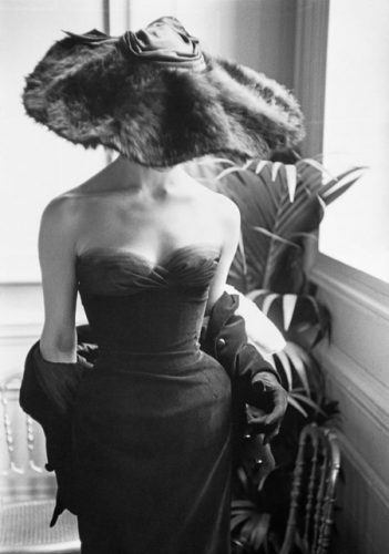 MARK-SHAW-GALERIE-MR14-©Mark-Shaw_mptvimages.com-sw_dior-gown-fur-hat