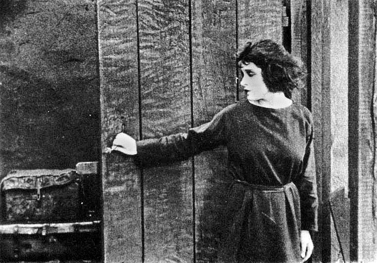 Née un 17 août 1896 : Tina Modotti
