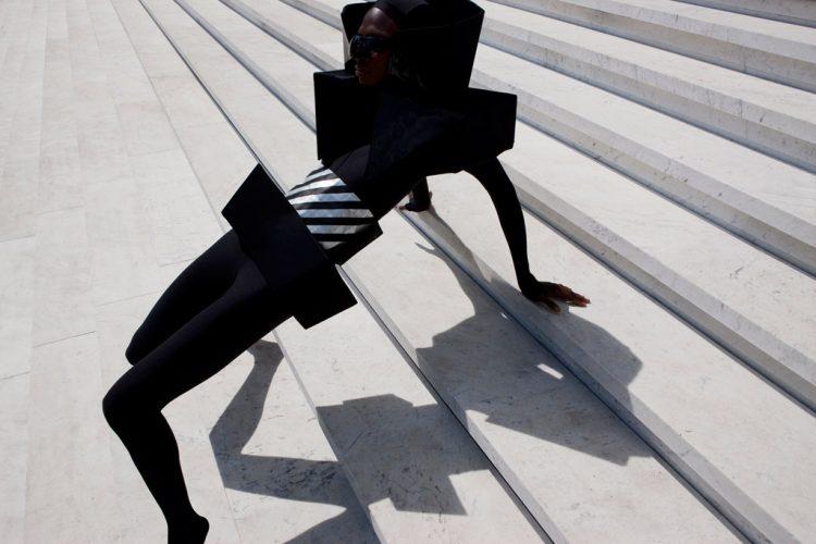 Viviane-SassenIn-and-Out---of-Fashion-1