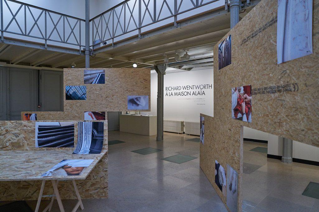 La cartographie intérieure de Richard Wentworth pour la galerie Alaïa