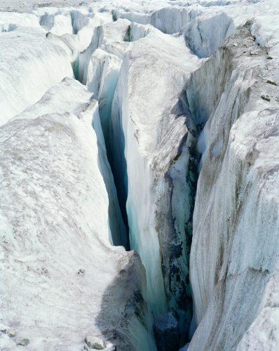 Série-Glaciers-II-27-Mer-de-Glace-Crevasse-©Aurore-Bagarry-courtesy-galerie-Sit-Down