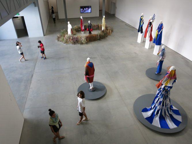 17.-Exposition-Shone-Piupia,-vue-du-second-niveau