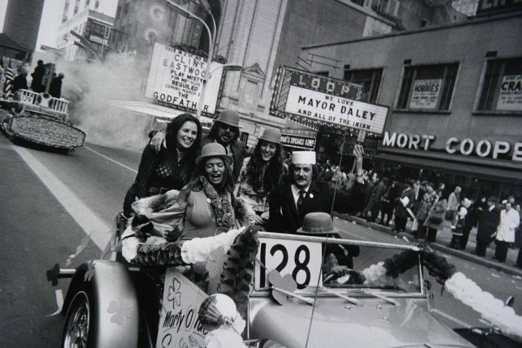 Garry-Winogrand,-Chicago,-ca.-1972-©-The-Estate-of-Garry-Winogrand,-courtesy-Fraenkel-Gallery,-San-Francisco