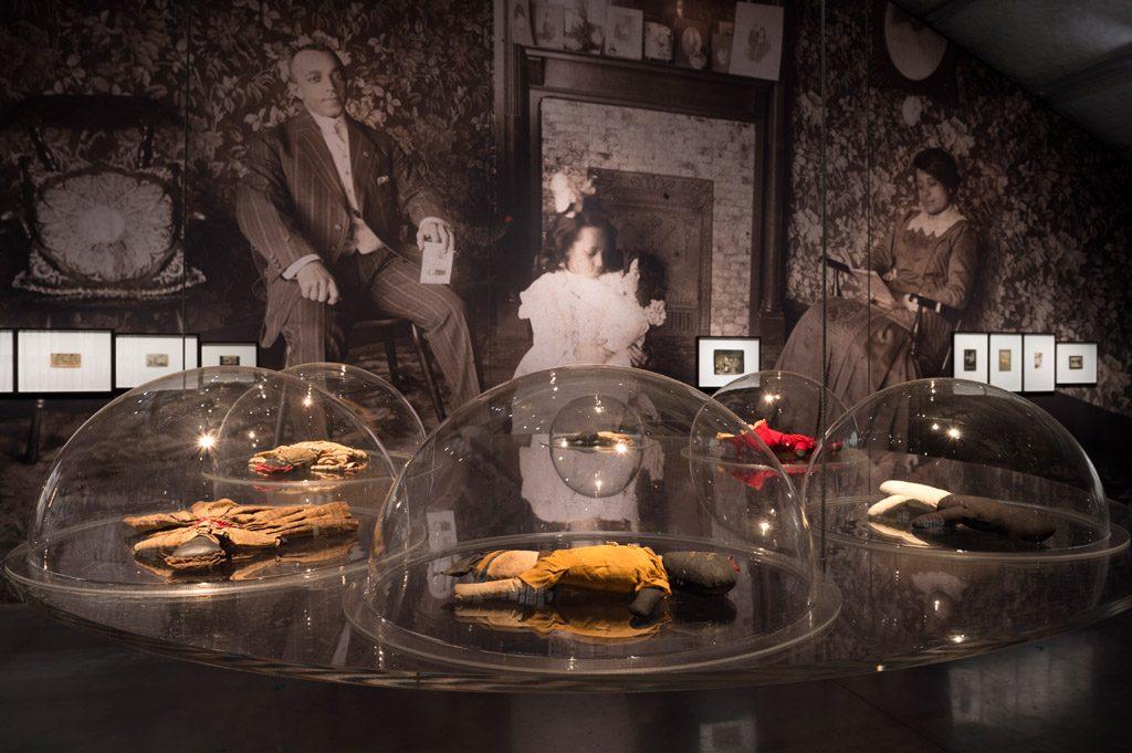 Les Black Dolls de la collection Deborah Neff. <br>Les expositions testaments d'Antoine de Galbert (2/2)