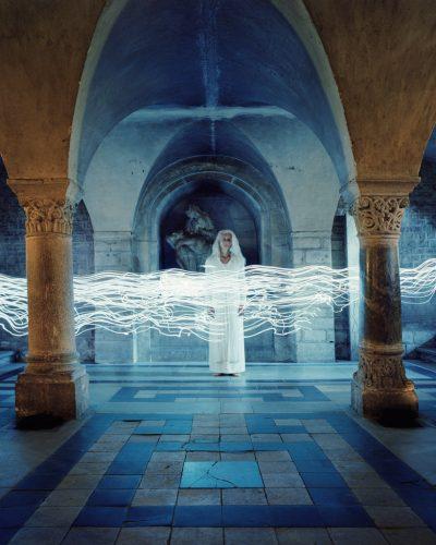 Série-'De-Anima-Lapidum',-Lux-in-tenebris-III-©Estelle-Lagarde-_-agence-Révélateur