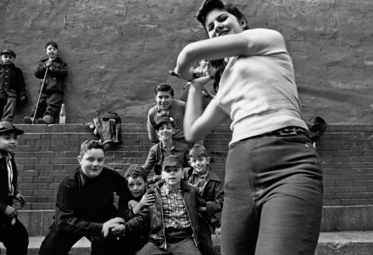 Stickball-gang-©-William-Klein