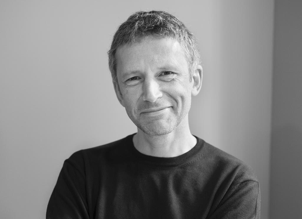 Exposer par le jeu du hasard, un nouveau challenge pour Xavier Franceschi, directeur du Frac Ile de France