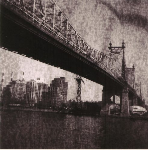 ©Ziad-Antar_Queens-Boro-bridge.-New-York,-2009_from-the-series-Expired_