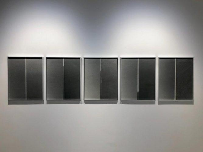 Exposition-'Midi-et-Quart'-de-Yannig-Hedel---Galerie-Thierry-Bigaignon-4