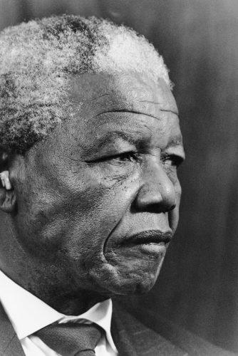 Nelson-Mandela,-Johannesburg,-1994©-David-Goldblatt