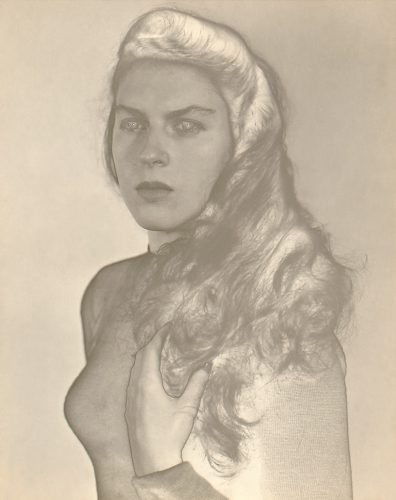 Jeanne-et-Arno-Mandello,-Violeta-Lopez-Lomba