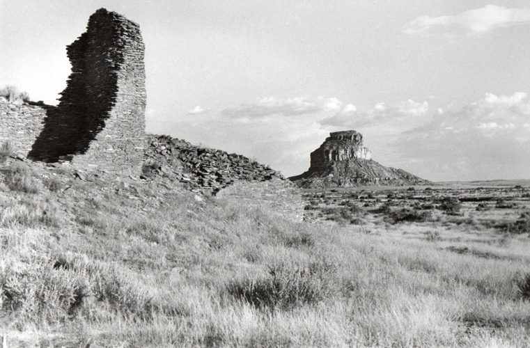 Bernard-PLOSSU---Chaco-canyon-1979