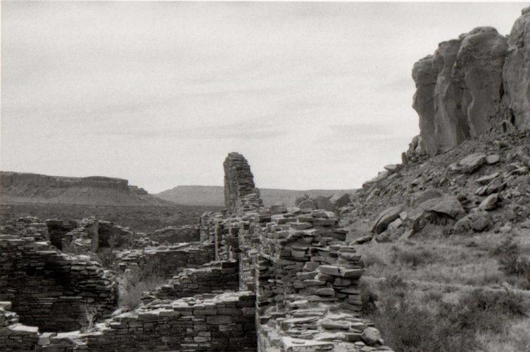 Bernard-PLOSSU---Chaco-canyon-1983