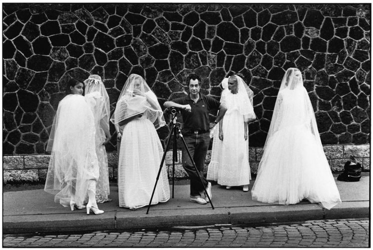 FRANCE.-Paris.-1978.-Elliott-ERWITT.-(NYC103746)