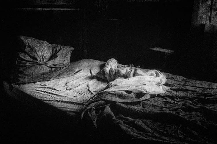 dormir-dit-elle-irene-jonas