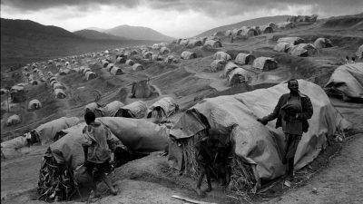 Carte blanche à Yan Morvan : Les Années 90