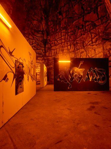 Exp-#14,-esprit-souterrain,-KAYA.--Powder-Room,-2018-©-JPGabriel