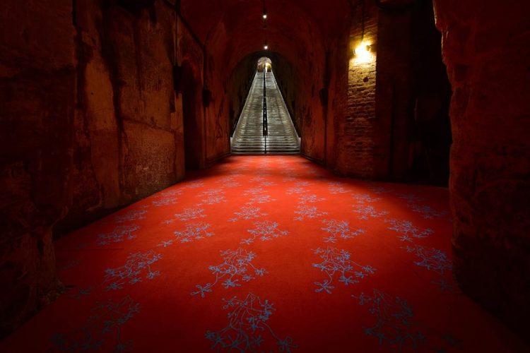 Exp-#14,-esprit-souterrain,-Olivier-KOSTA,--Contempler-le-ciel,-2018-©-Michel-Jolyot