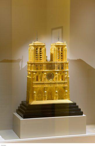 Pendule-de-Notre-Dame-de-Paris