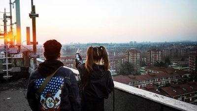 «5341» conte à rebours du Milan des cités par Denny Mollica & Hugo Weber