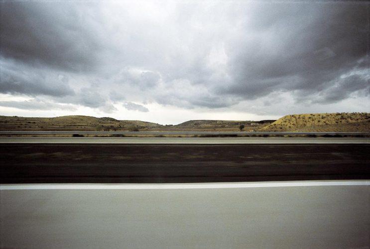 FRANCO-FONTANA©-FRANCIA-Autostrada-1975-courtesy-baudoin-lebon-test