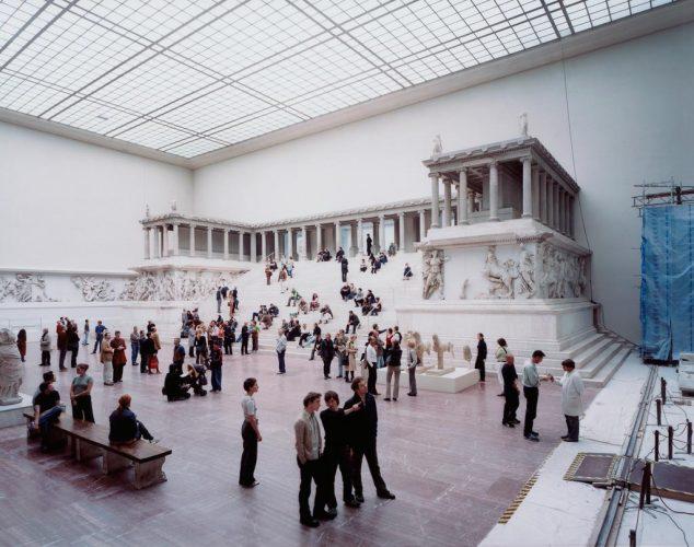 Struth_Pergamon-Museum-1