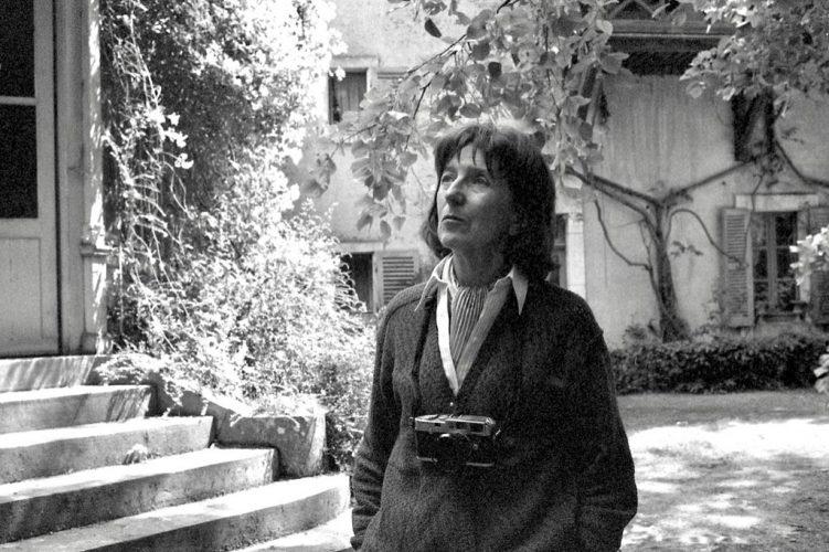 1999-JANINE-NIEPCE-CHEZ-ELLE-A--RULLY-71-©-Jacques-Revon