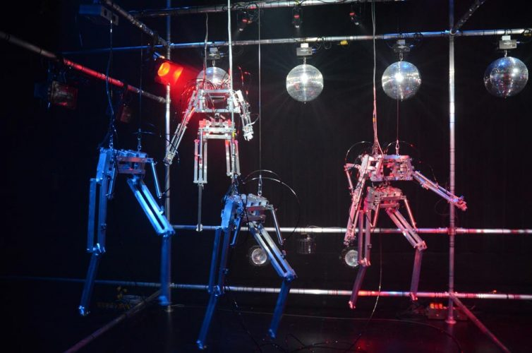 Bill-Vorn-Copacabana-Machine-Sex-performance-robotizzata-2016-18