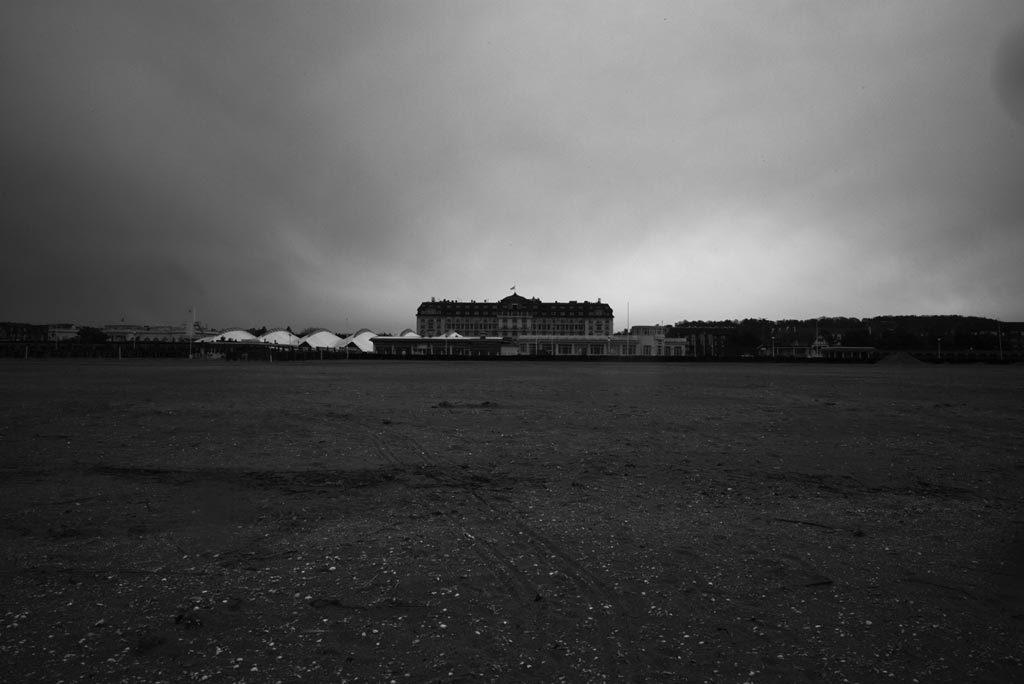 Planche(s) Contact – Deauville 2019 : La Fabrique Warholienne des rêves 1/2