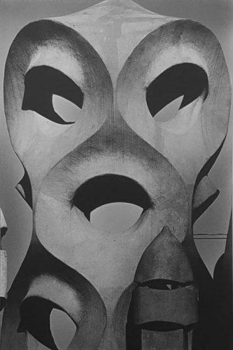 EikohHosoe_CasaMila17,1977,-tirage-argentique-vintage