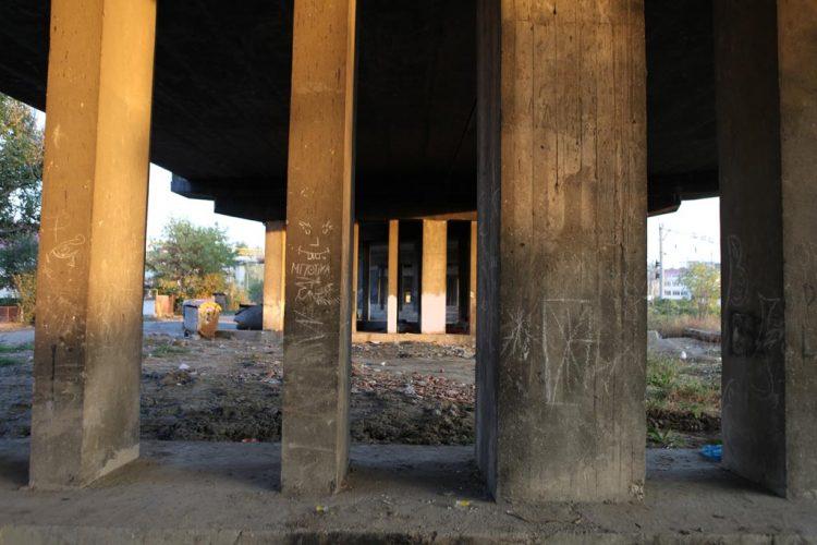 Le-pont-sous-lequel-on-a-retrouvé-Gregoras-mort
