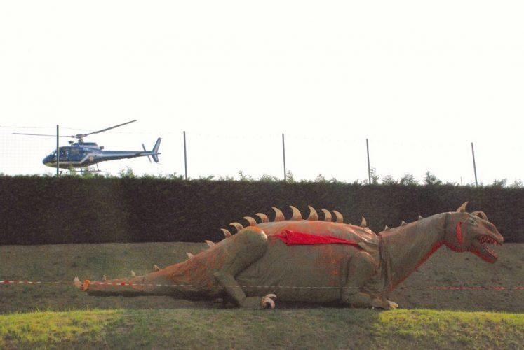 HELICOPTERE-ET-DINOSAURE-A-JAZ-Z-A-COUCHES-©Jacques-Revon