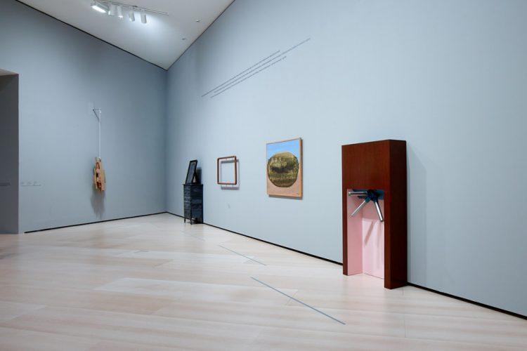 019.Galería-Artschwager